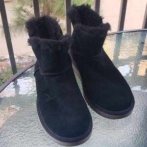 KOOLABURRA by Ugg black mini short boots Sz 10
